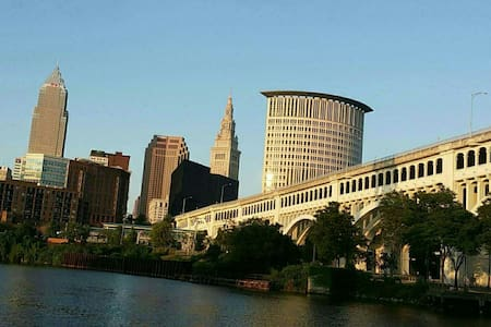 Downtown Cleveland get away :) - Cleveland - Apartment