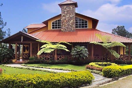 Villa en Arroyo Frio - Arroyo Frío - Rumah