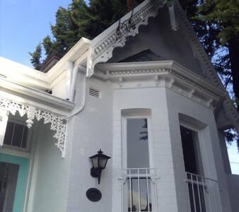 Stunning Designer Terrace House