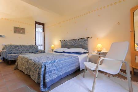 Cascina Ciapilau, double room - Provincia di Asti