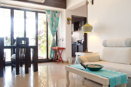 A private room in khar/Bandra west - Appartement