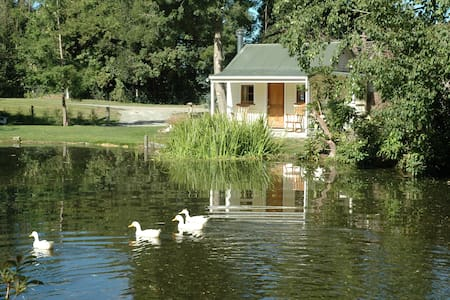 "Lake Cottage , ""Coniston"" Ashburton - Ashburton"
