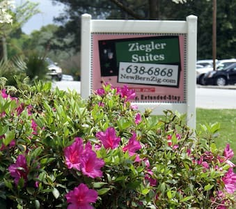Classic Charm near Downtown New Bern-Ziegler Motel - Andere