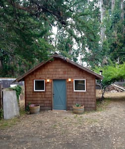 Cottage of the Forest Dunes - Fort Bragg - Stuga