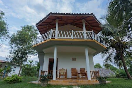 Gayan's Cabana (3) Room - Villa