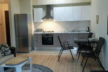 Luxorious Apartment - Sweet Home in Tbilisi Center - Tbilisi - Appartamento