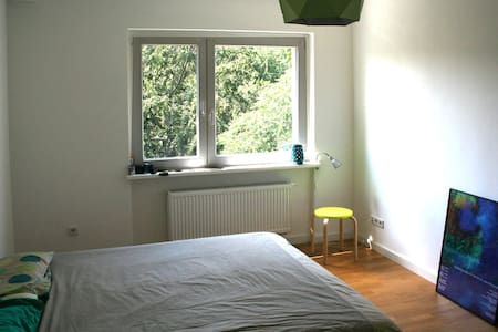 15m² room near Kreuzberg and Tempelhof airport - Berlino - Appartamento