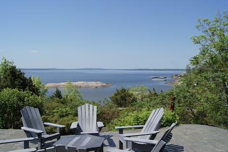 Spectacular Georgain Bay Cottage - Kisház