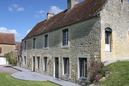 Belle maison en pierre - Ev
