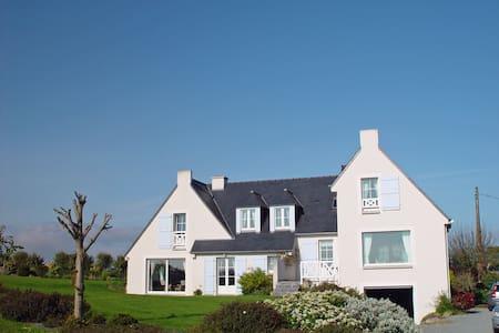 Villa de charme récente dans jardin , TB vue mer - Saint-Cast-le-Guildo - Ev