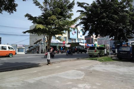 An extra room for rent - Balikpapan - Bed & Breakfast