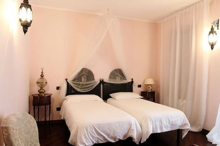 Camera Rosa - Bed & Breakfast