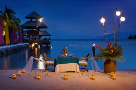 Beach Front Romantic Dinner - 夫勒斯诺