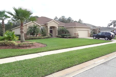 Upscale Daytona Golf Community 1 - House