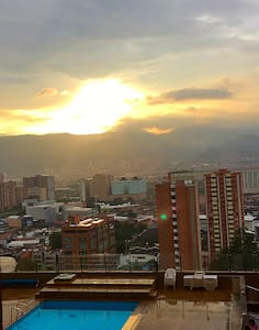 ALL NEW FLAT IN THE BEST LOCATION. - Medellín - Apartment
