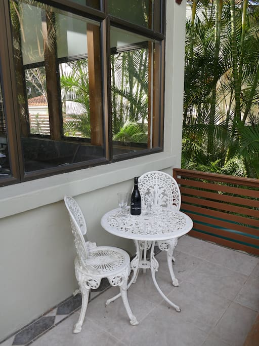 A nice little nook for a morning coffee or afternoon drink out of the sun.