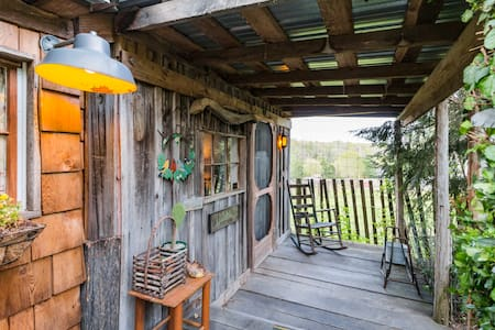 The Cottage at Gratidude Ranch - Franklin - Chalet
