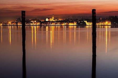 Luce e colore sul Lago Maggiore - Arona