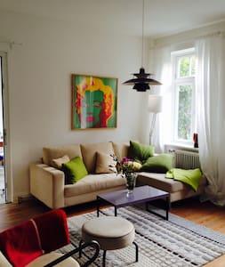 Charmante Wohnung in alter Villa - Heikendorf