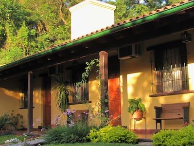 ALTO DEL MOLLE, casa con encanto - Jujuy - Talo