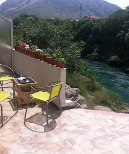 Centrally located overlooking Neretva - Apartment