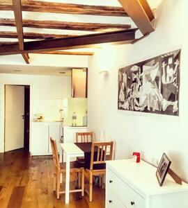 Cosy luxury loft in Born - Barcelona - Apartment