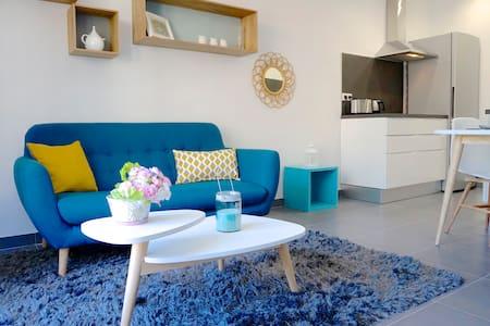 Appartement 2 pièces climatisé neuf et moderne - Apartment