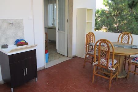 Casa al mare con terrazzo arredato  - Wohnung