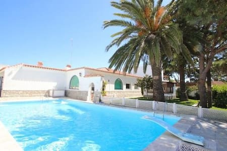 Villa with swimming Pool in Conil - Chalet
