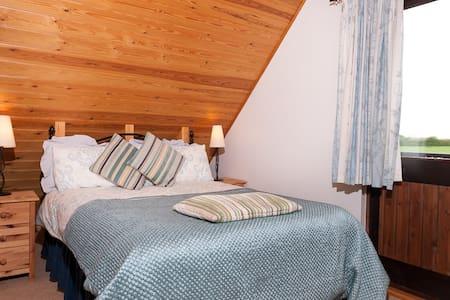 Scandinavian style Chalet near Shaftesbury, Dorset - West Stour - Chalé