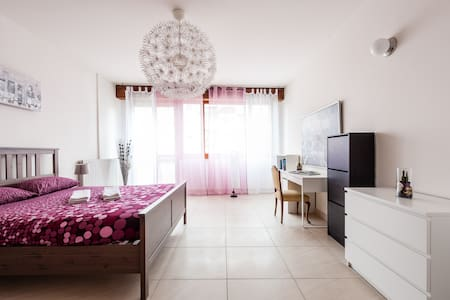 So big&clean with single&Double bed - Pisa - Apartment