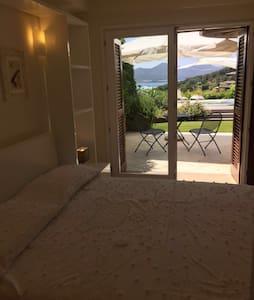Suite 2 Villa Azzurra - Porto Rotondo - Bed & Breakfast
