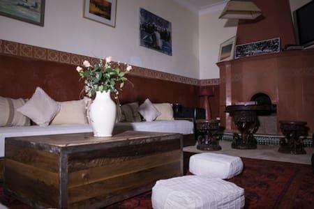 Private Suite at Riad Dar Tah Tah
