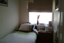 Picture of single bedroom