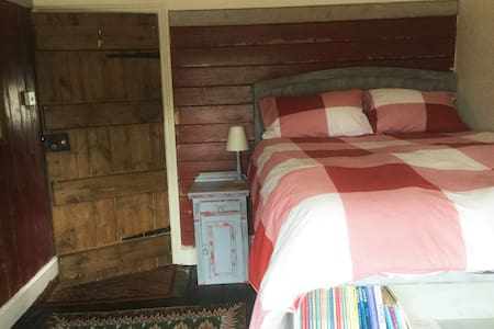 Tudor House Captain Room Whitchurch - Bettisfield - Hus