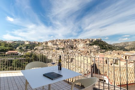 Ulisse, apartment with view - Ibla - Apartment