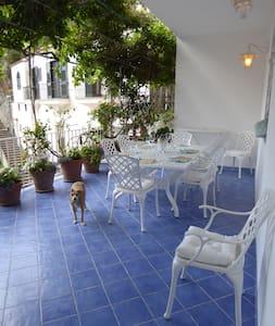 Casa Lara - Positano