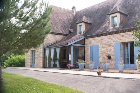 chambre d'hôte le Clos Gaillardou - La Roque-Gageac - Bed & Breakfast