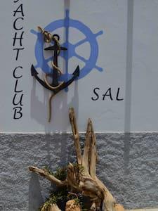Yacht Club Palmeira - Bed & Breakfast