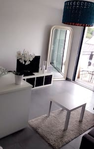 Studio neuf, lumineux avec balcon - Rennes