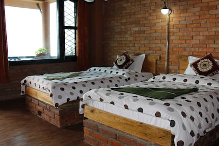 Beautiful Double Private Room on Fewa Lake - No. 2 - Pokhara - Bed & Breakfast