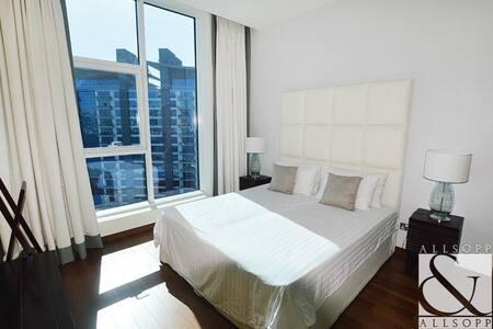 Beautiful Sea View Double Room - At Oceana Beach - Dubai