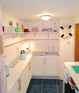 Welcome aboard! - Whitstable - Apartment