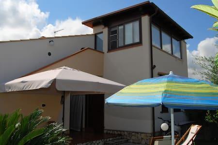 Villa Miserendino - Apartment