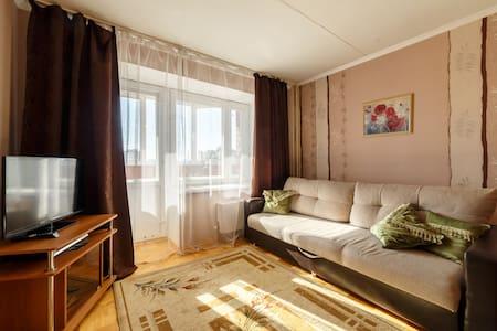 Апартаменты на Шварца 14, студия - Yekaterinburg - Apartemen