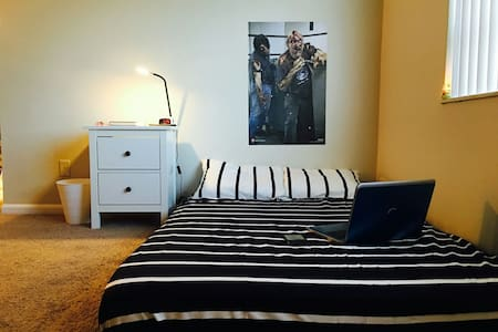 Zombified Shared Room Bed #2 - Pompano Beach