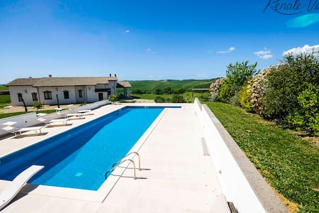 High standard private Villa with big pool and view - Tarquinia