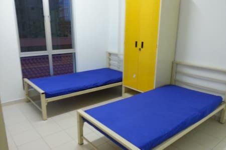 Comfy Room In Senawang - Lakás