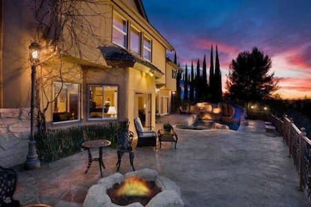 Paradise with panoramic views of mountain and city - Laguna Hills - Hus