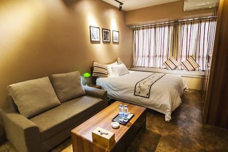 喜来登酒店同款床垫,质感美式风格,近观音桥和高铁站,1分钟到地铁站~ - Chongqing - Pis